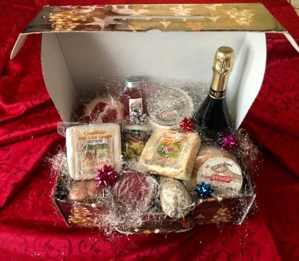 3-ELLE-food-commercio-generi-alimentari-cesti-regalo-natalizi-confezione-media